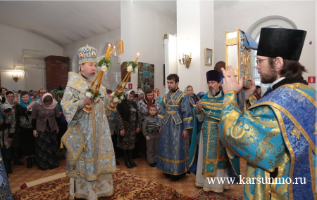 В праздник Сретения Господня митрополит Анастасий совершил Архипастырский визит в Карсун