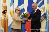 Губернатор Сергей Морозов наградил почетными знаками лучших матерей Ульяновской области